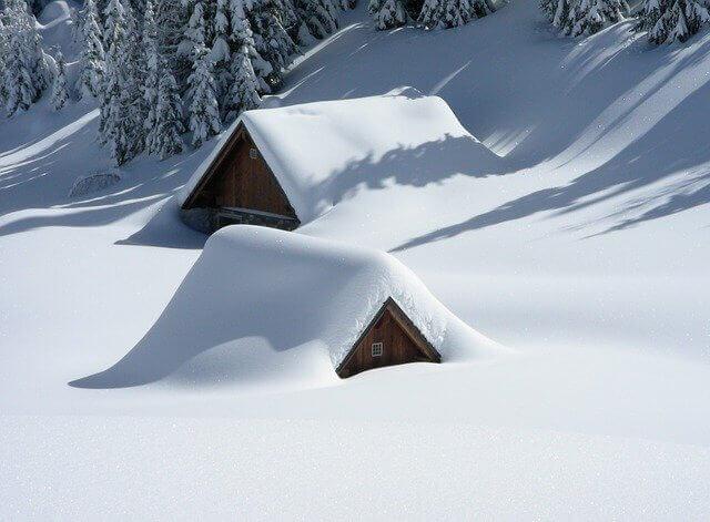 大雪になる原因