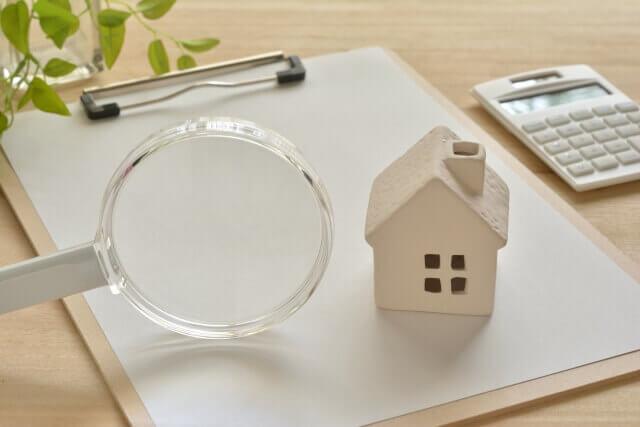 【雷の対策】家の中は安全か?注意点4つ|家電・ブレーカー・コンセントの対処方法
